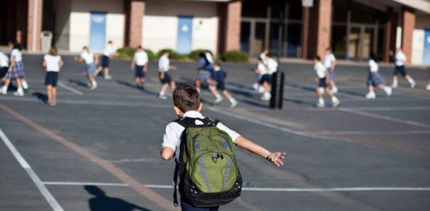 El mejor pavimento para renovar el patio del colegio